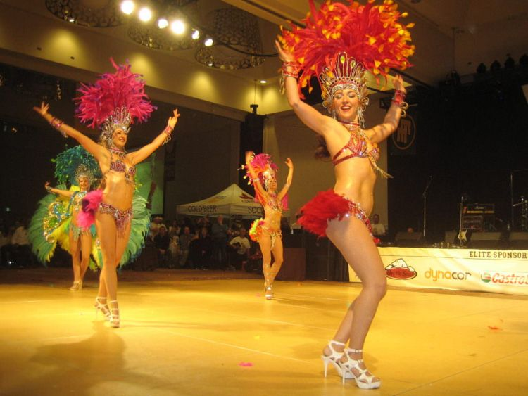 Samba dancers available for parties